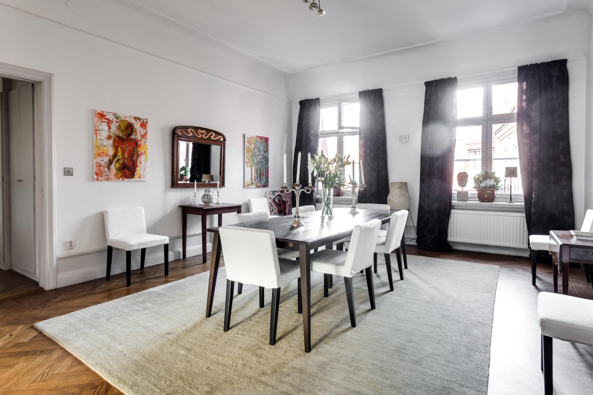 Klassisk våning – Högt läge – Balkong