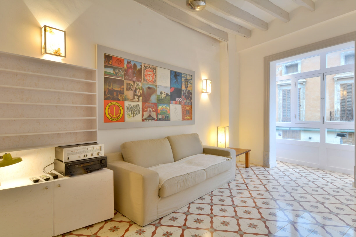 Newly renovated – Light – Excellent location